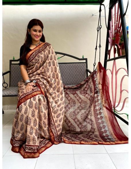 Alluring Cream Maheshwari Silk Saree In Ajrakh Natural Hand Block Print With Blouse